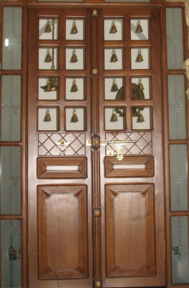 Long distance decor brassware from india whats ur home story - Pooja room door designs in kerala ...