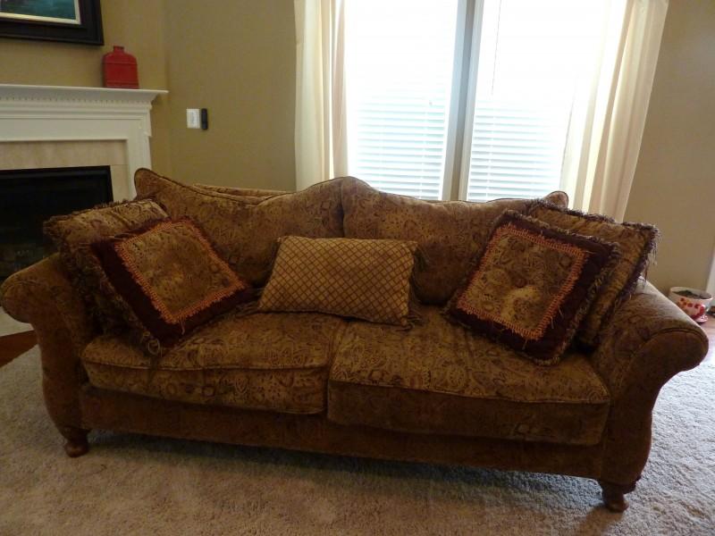 sofa  e