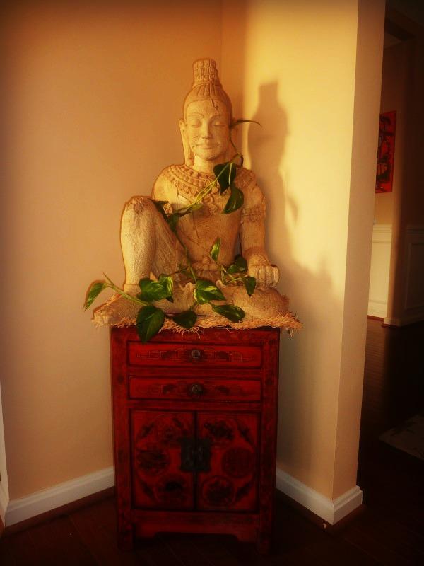 Asian Inspired Decor   Thai Buddha