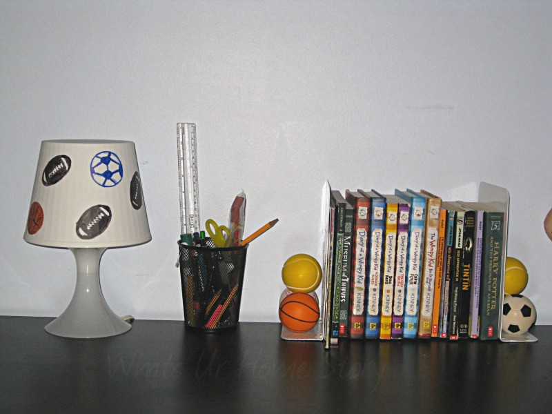 Whats Ur Home Story : Recycled bookends, Boys all star theme room