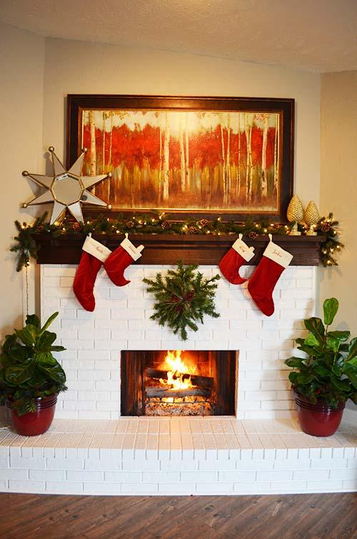 Easy Christmas Mantels