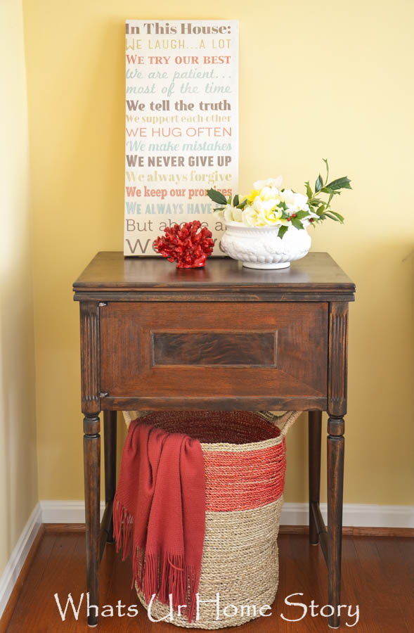 Vintage Sewing Machine Table Makeover | Whats Ur Home Story