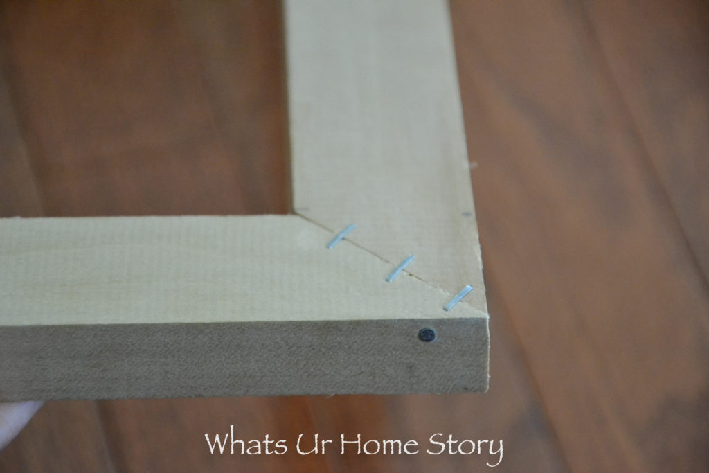 How to Make a Canvas Bar to Stretch a Canvas Painting