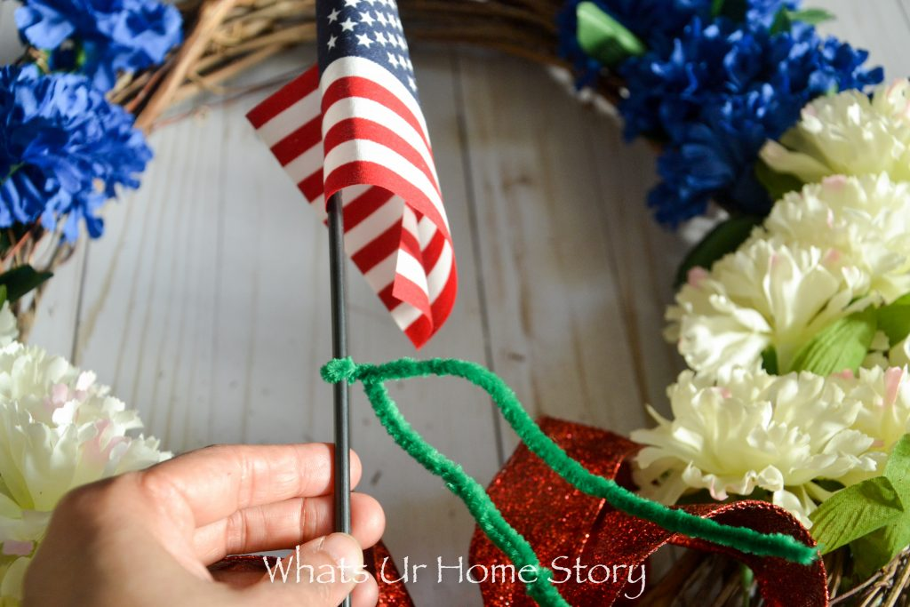 The Easiest Patriotic Wreath There Is!