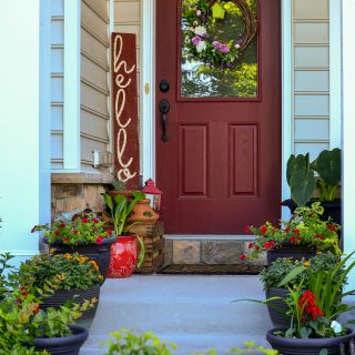 Red front door with hello sign -Easy DIY Front Door Sign Tutorial